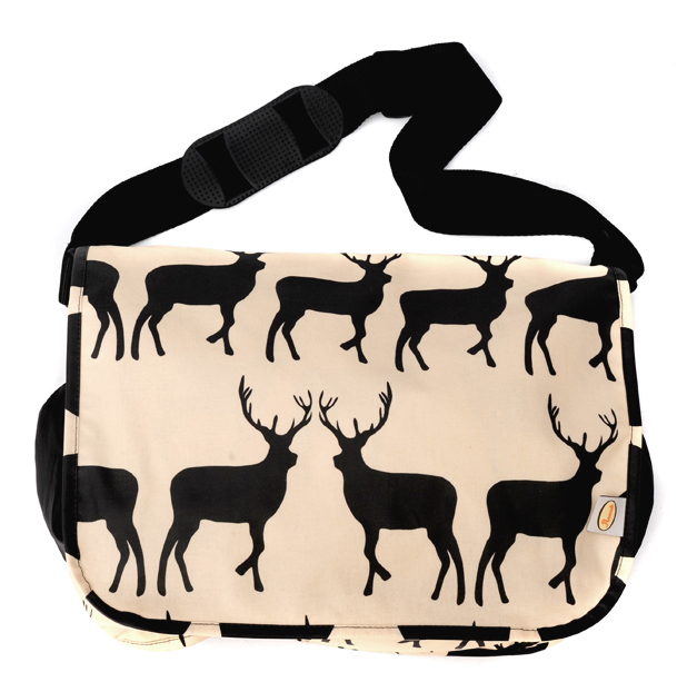 kissing stag changing bag