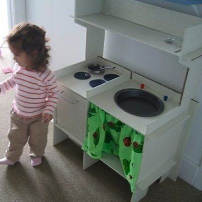 Make Your Own: Cardboard Pretend Play Kitchen with Fortytworoads