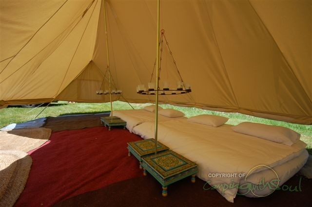 I have to admit to being a bit nostalgic about old fashioned canvas bell tents. & Tents for Family Camping