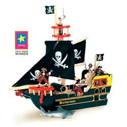 pirate ship by le toy van