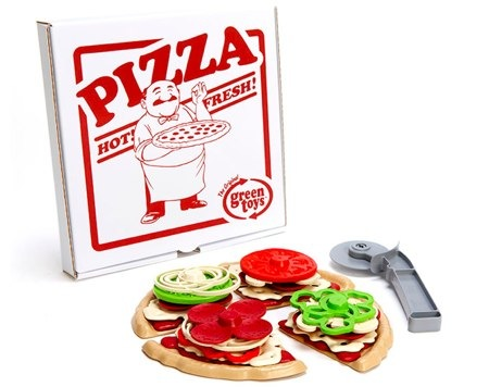 Pizza Parlor Set by Green Toy