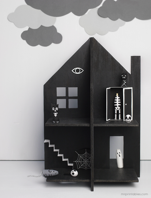 Make Your Own Haunted Doll S House