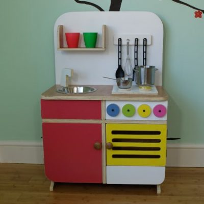 Scout & Fable play kitchen