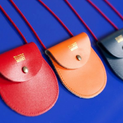 Hot Buy of the Day: Leather Pocket Money Purses