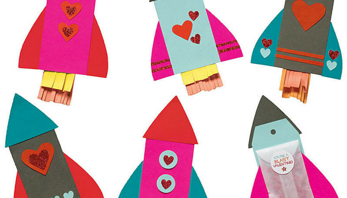 Easy Valentine's Crafts (with lots of mess free options, too!)