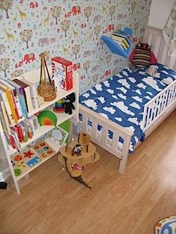 kat bedroom