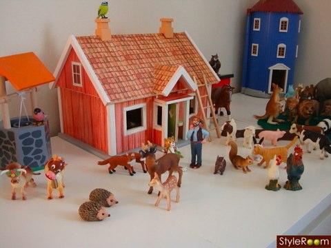 farm scene by Tina Moore