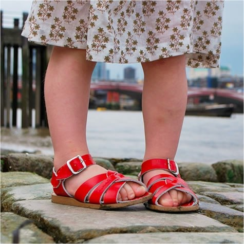 sun-san sandals red