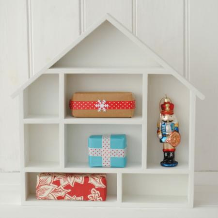 dolls house display decoration